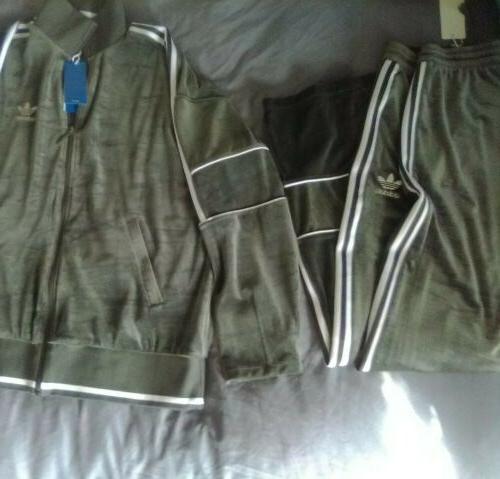 Adidas medium Suit & Combo.