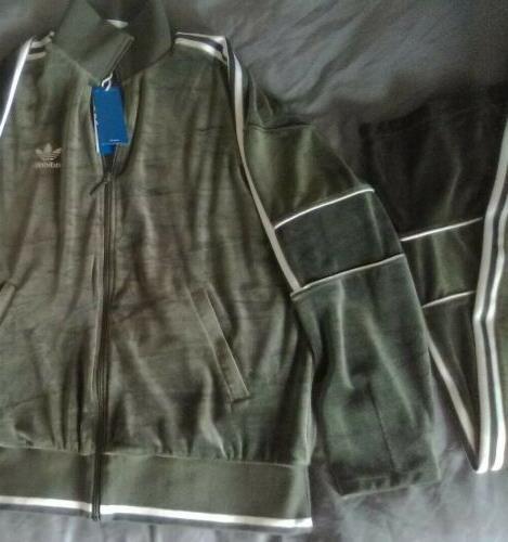 Adidas Men's Suit Combo. Green Suede