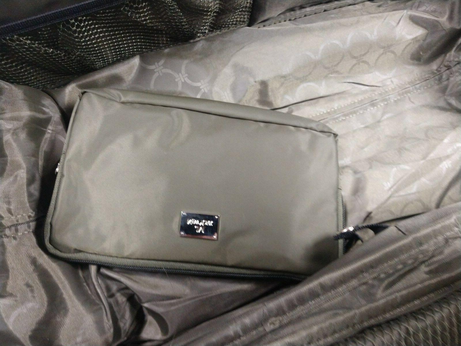 """NEW 21"""" Decker Expandable Duffle/Tote Bag, Suit"""