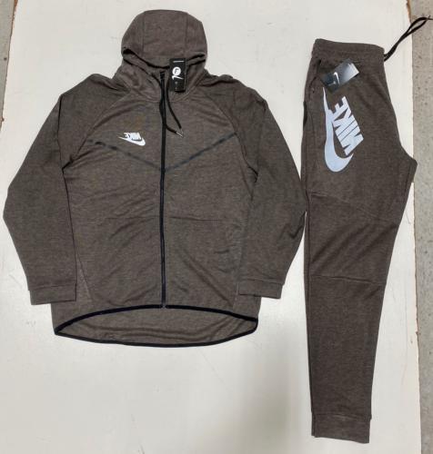 Nike Tech Suit Complete Set Brand