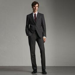 Burberry Men's Modern Fit Wool Suit. Grey/Charcoal. US:42 IT